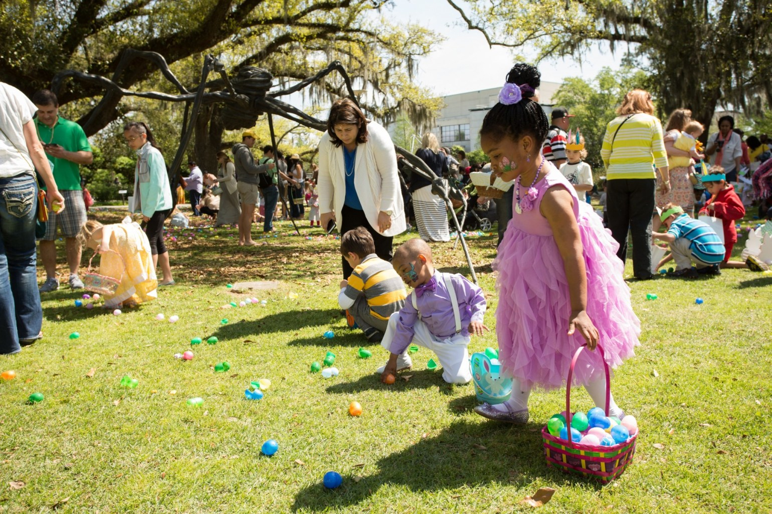 Kids hunt for eggs in the Sculpture Garden. (Photo courtesy New Orleans Museum of Art)