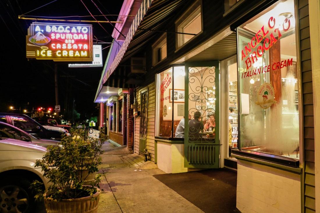 The sweetly vintage exterior of Angelo Brocato's. (Photo: Rebecca Ratliff)