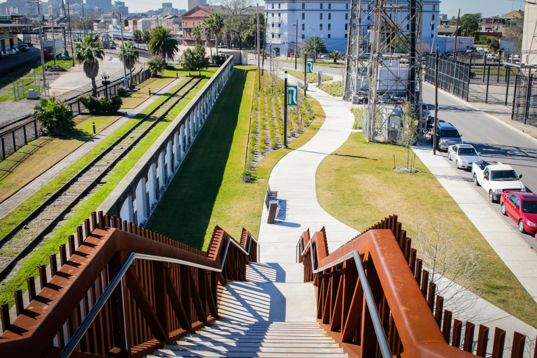 crescent park trail