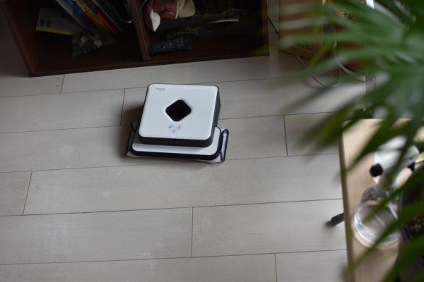 床拭きロボット