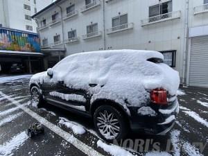 VOLVO雪化粧