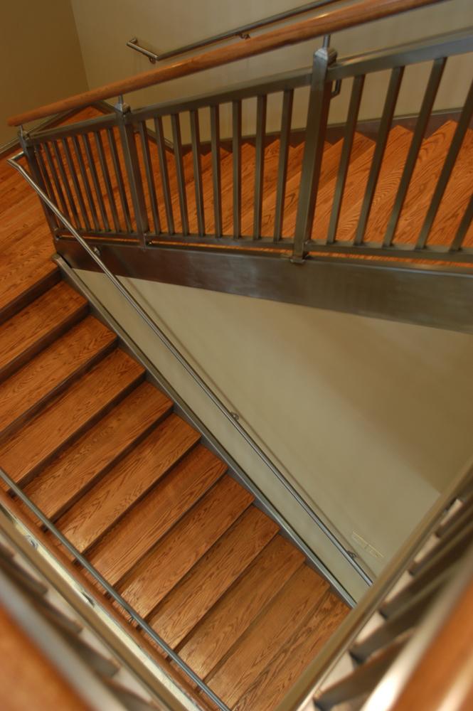 Tanas_Stairs.jpg?fit=665%2C1000