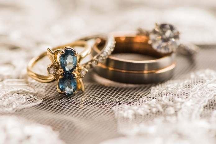 Elise & Rezaie – A Love Story