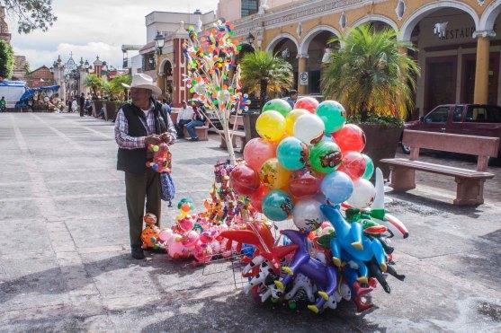 plaza balloon
