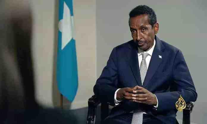 Wasaaradda Arrimaha Dibadda Somalia oo looga yeeray Saxafiyiinta & Wasiirka oo qabanaya..