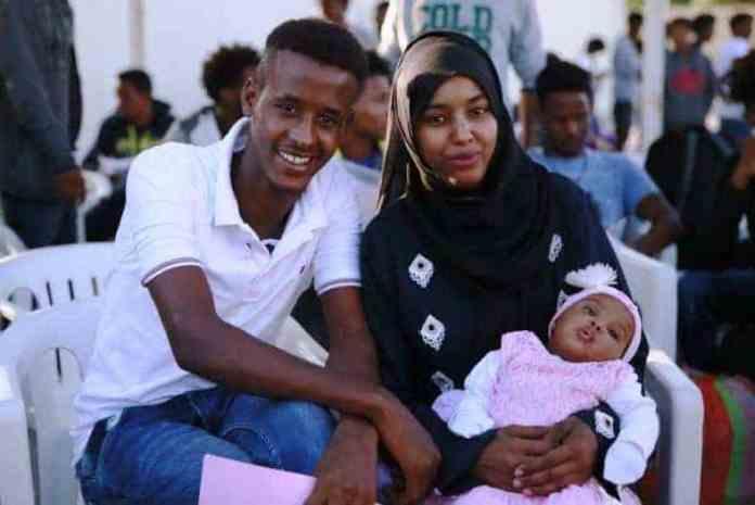 Tahriibayaashii ugu horeeyay ee Qaxootiga ku ahaa Liibiya oo laga dejiyay Dalka Rwanda. (Qoys Somali ah oo ka mida-Sawirro)