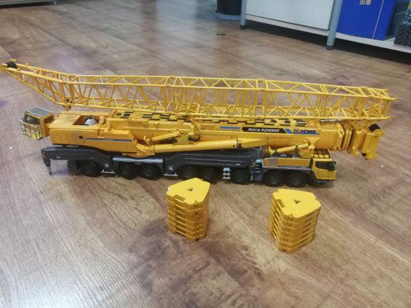 1/50 XCMG Official 1200 ton 8axle Mobile Crane All Terrain Crane Xca1200 Truck Crane Diecast Scale Model. (Construction Vehicles, Heavy Equipment, Machinery, heavy-duty vehicles, construction engineering Scale Model)