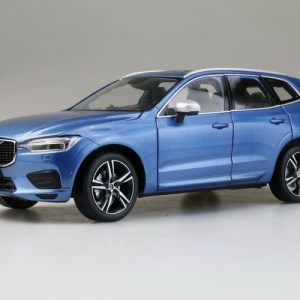 Manufacture : Volvo Scale : 1:18 Product Code: Material : Diecast Packing : Original Packing