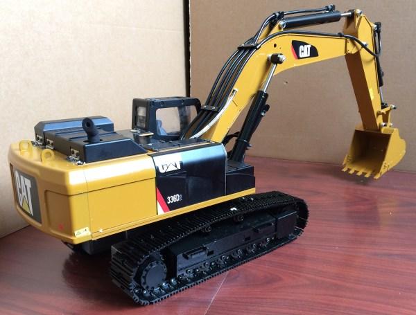 Caterpillar 336D / 336D2 L Hydraulic Excavator Scale Model, All & Full Metal, R/C & Remote Control & Radio Control Hydraulic Excavator. (RC Heavy Equipment, RC Construction Tractor, RC Earth Mover, RC Construction, RC Building Maintenance, RC Building Construction, RC Komatsu)