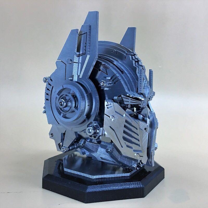 Optimus Prime Crafts, Optimus Prime artwork, 3D Stainless steel full metal Optimus Prime Art, Optimus Prime head model, Heavy metal mechanical style, Modern artwork.