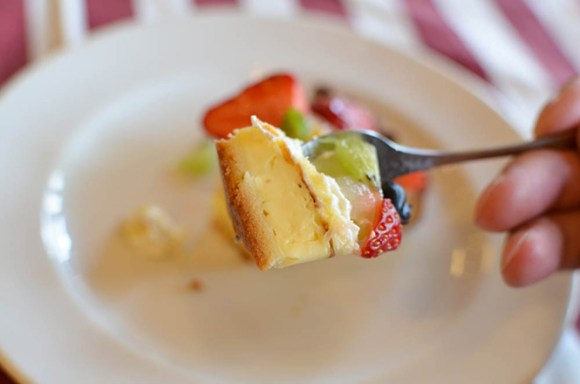 Fruit Salad Clafoutis -Sweet Lady Jane in Sapporo-