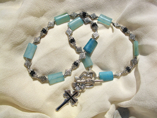 Camino necklace blue jade