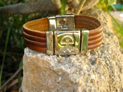 leather strips bracelet Indalo