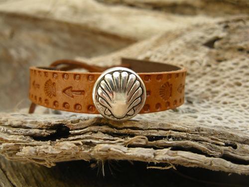 Camino bracelet in leather