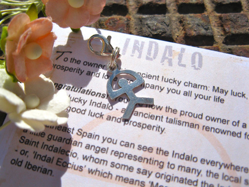 Clip-on Indalo charm