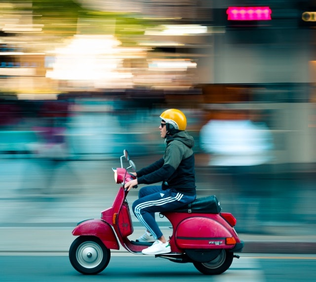 Driving test on a scooter