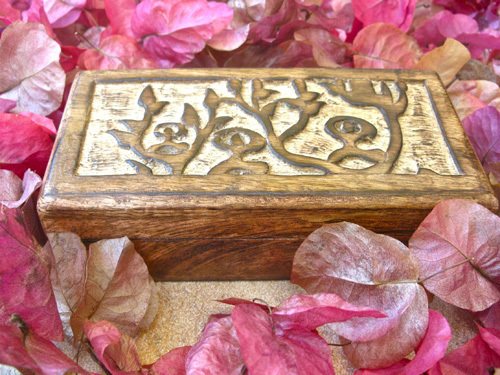 Keepsake box for luck