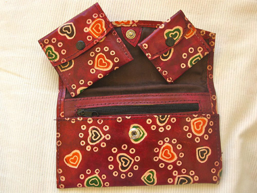 Leather wallet set with hearts