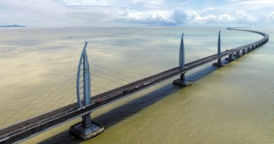 Hong Kong bridge: engineering marvel links three cities