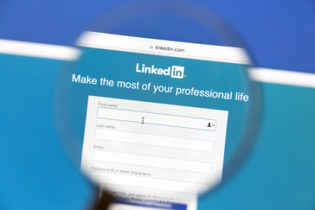 linkedin profile tips for lawyers