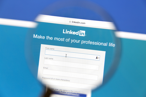 LinkedIn for Lawyers: 10 Steps to The Perfect Profile