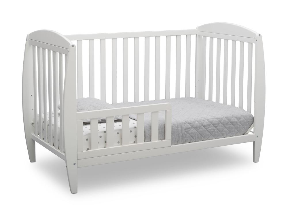 W100140-130-Taylor-4in1-crib-toddler-bed-bedding-angle_d5575958-823c-4278-b21e-a6fd9fb984c7_1000x