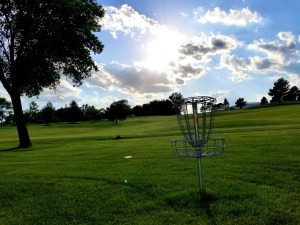 My Top 5 Reasons To Try Disc Golf: A GoodAttitudeFood.com favorite!