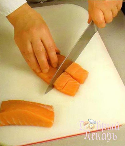 Сливочный суп с красной рыбой приготовление