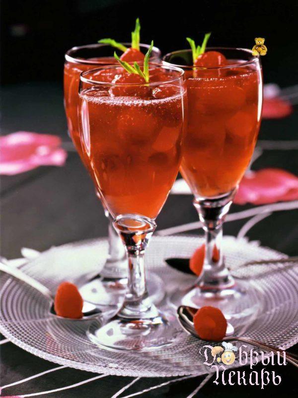 Малиновое желе с розовым вином