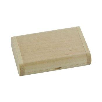 gesloten houten doosje usb