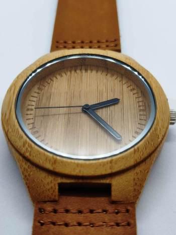 boomvalk-bamboo-horloge