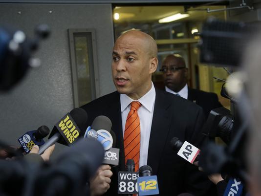 1376439431000-AP-NJ-Senate-Booker