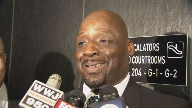 Floyd Dent Receives Settlement from Inkster Police Department (photo via my13.com