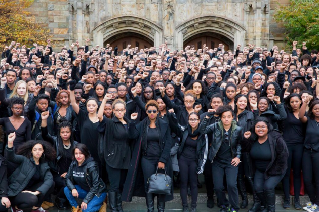 Yale students stand in solidarity with University of Missouri protests (photo by Ken