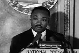 Martin Luther King Jr. speaks to National Press Club in July 1962 (photo via press.org)