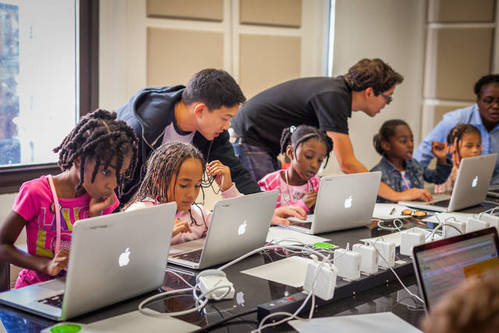 (Photo via blackgirlscode.com)