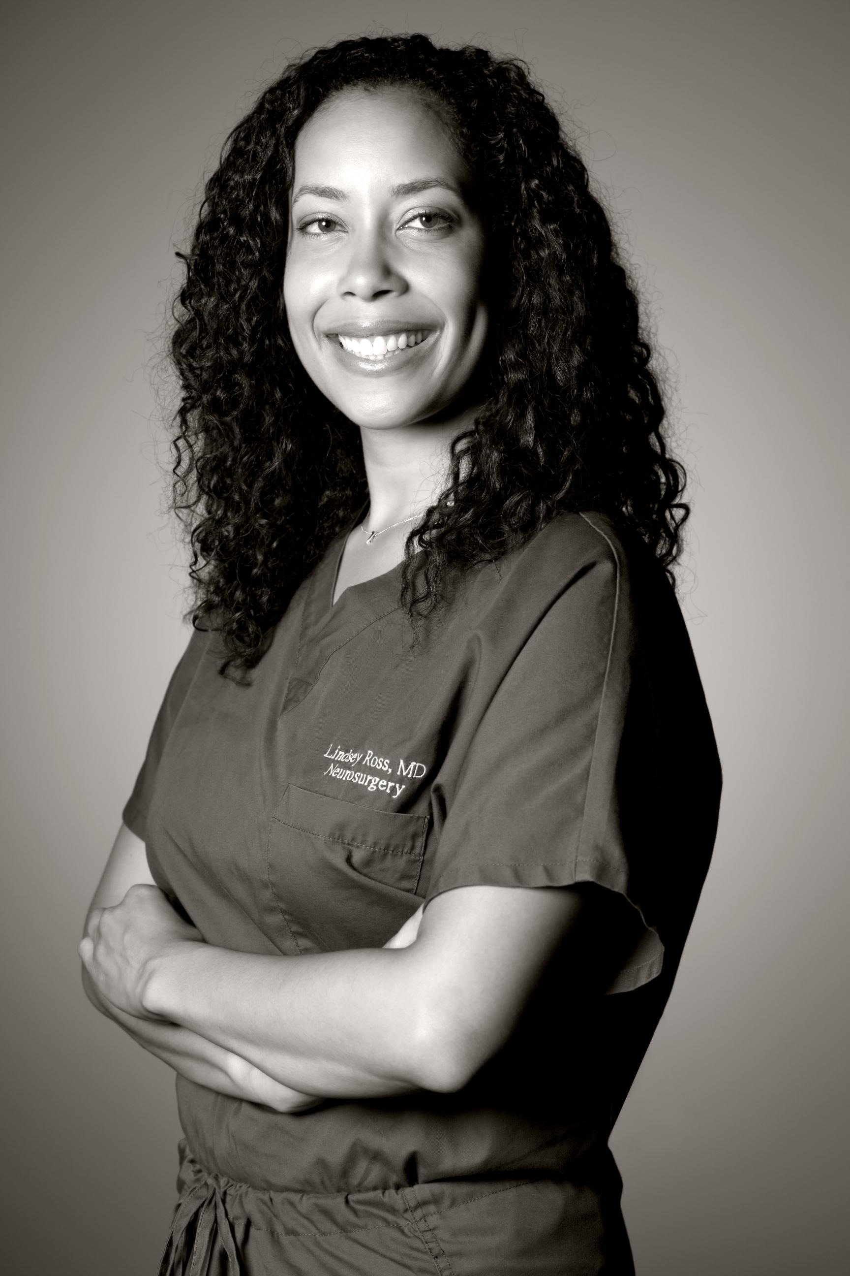 Los Angeles Neurosurgeon Dr  Lindsey Ross Accepted into