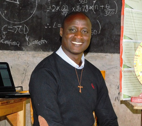 Kenyan Science Teacher Peter Tabichi Wins $1 Million Global Teacher Prize