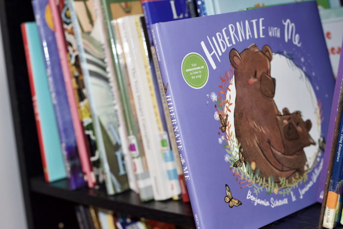 Hibernate With Me is a really sweet book that gets me right in the mom feels. It features a bear cub and its parent.