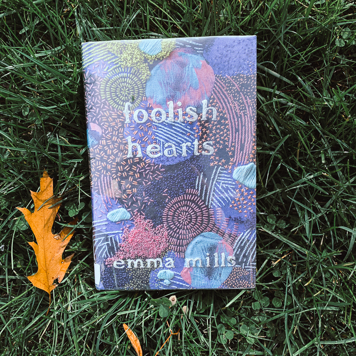 Emma Mills is quickly becoming one of my top ten favorite authors. Foolish Hearts really just cements her spot in my favorites.