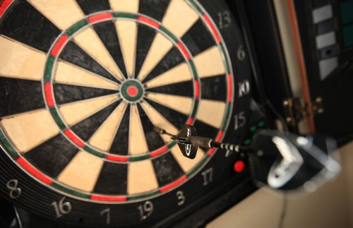 how to develop a consistent dart throw