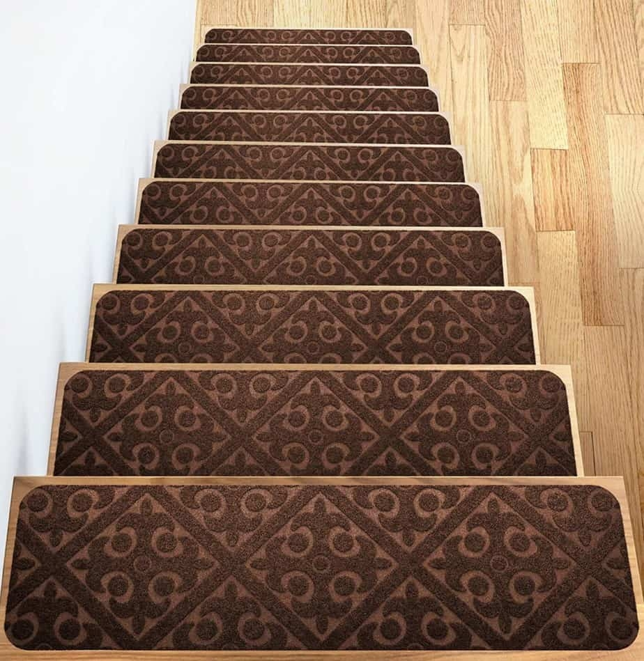 Add Different And Elegant Touch To Your House A Carpet Stair | Dog Slipping On Wood Stairs | Steps | Hardwood Floors | Self Adhering | Hardwood | Puppy Treads