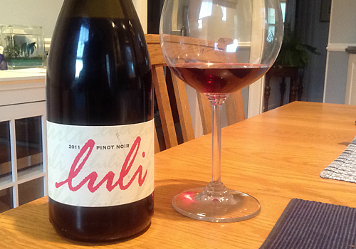 image of the Luli Pinot Noir wine bottle