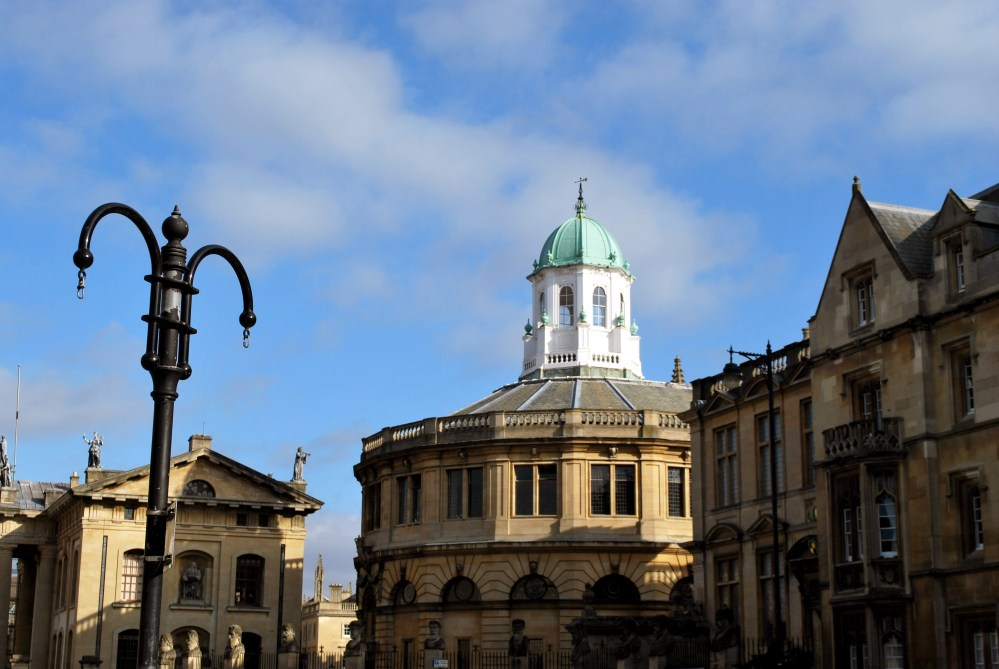A sunny day in Oxford (1/6)