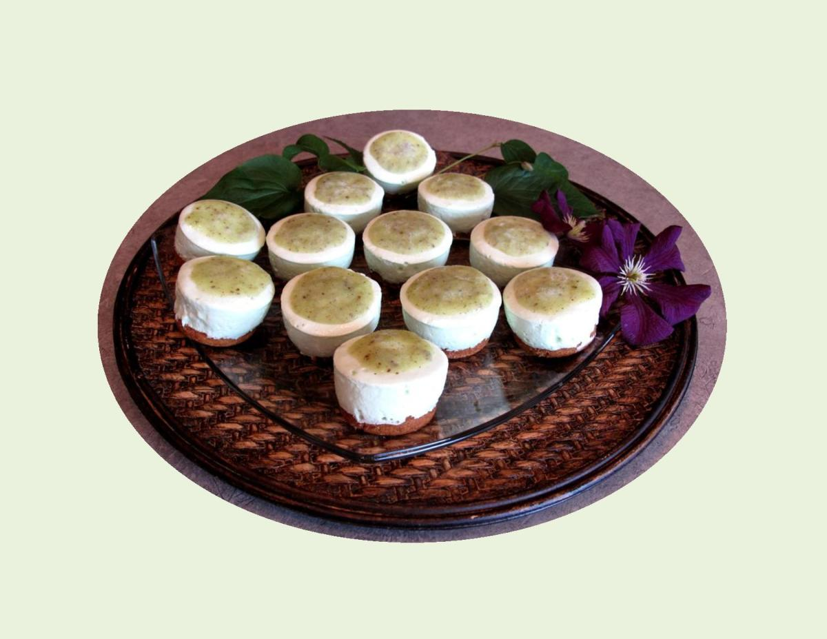 No Bake Kiwi-Lime Mini Cheesecakes