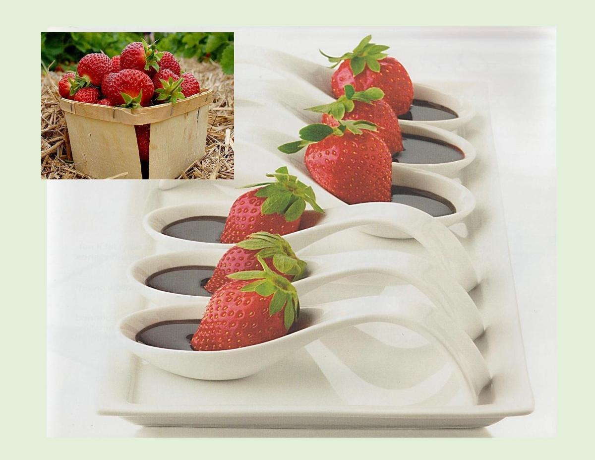 Fresh Strawberries w/ Hot Fudge Sauce