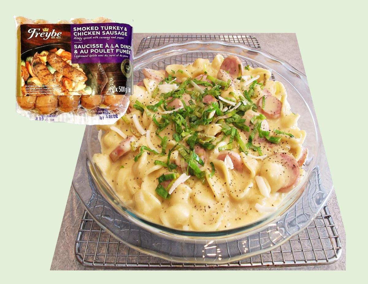 Apple Sauce Pasta & Cheese w/ Turkey Chicken Sausage