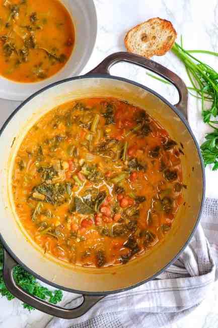 delicious white bean kale soup