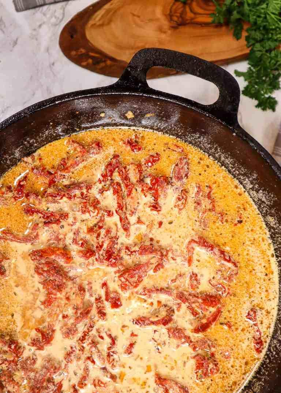 dairy free creamy alfredo sauce with sun dried tomatoes