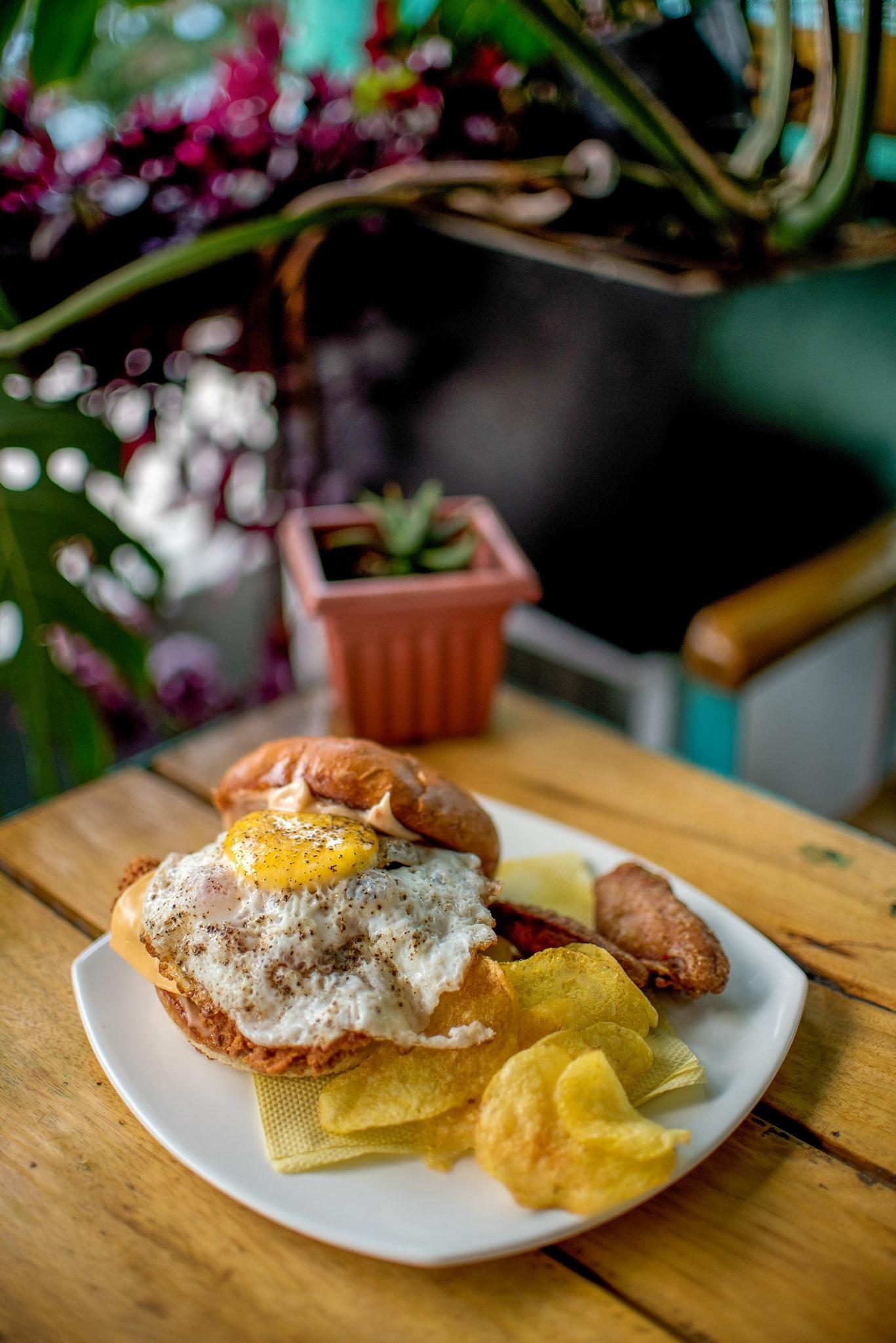 Burger, Cafe Kalimpong, Kalimpong